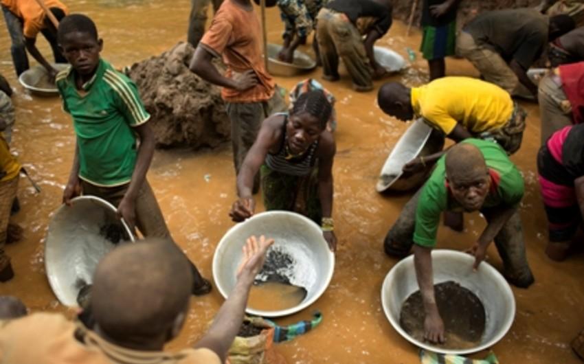 Tanzaniyada qızıl mədəninin uçması nəticəsində 19 nəfər ölüb