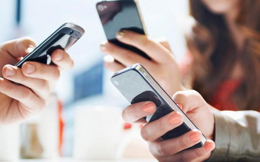 Azərbaycanda mobil rabitə operatorlarının lisenziyalarının müddəti uzadılıb