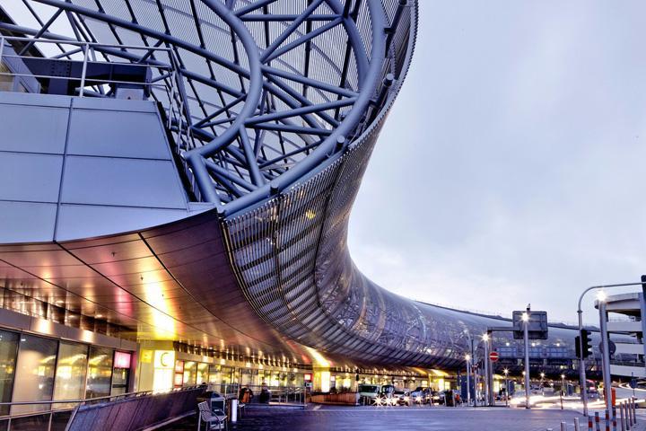 Азербайджанка задержана в аэропорту Дюссельдорфа