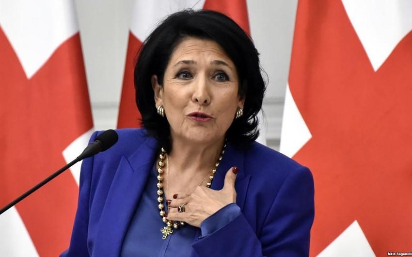 Gürcüstan prezidenti Azərbaycan xalqını təbrik etdi