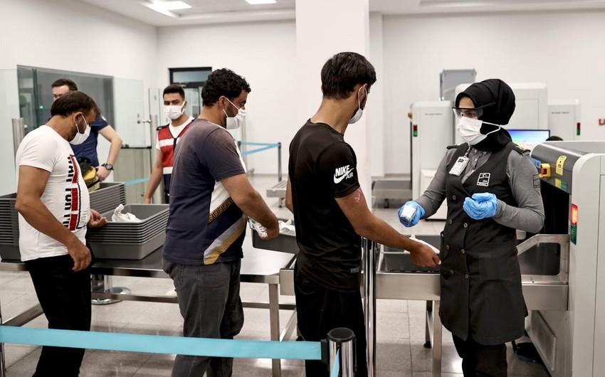 Türkiyədən 37 min qanunsuz miqrant deportasiya edilib