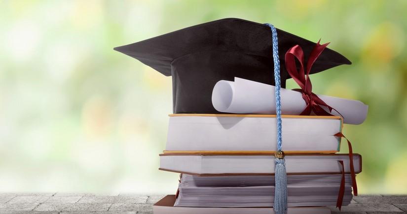 Финансирование обучающихся за рубежом студентов начнется с сентября