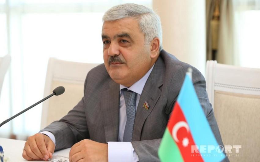 Rövnəq Abdullayev: Neftin ucuzlaşması yeni layihələrin icrasına mane olur