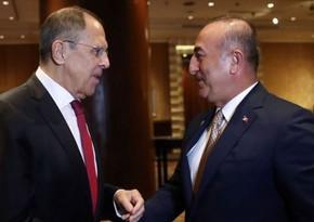 Главы МИД Турции и РФ обсудили напряженность между Арменией и Азербайджаном