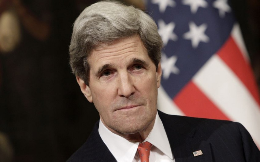 Kerry says considering extra sanctions on Russia over Ukraine