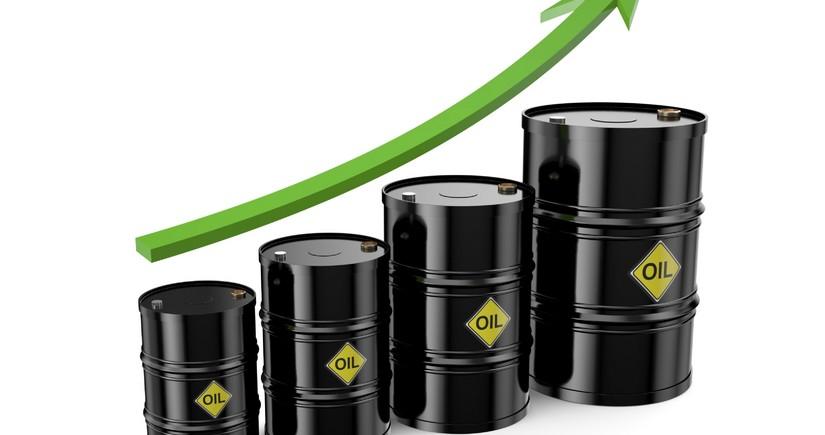 Azerbaijani oil price gains over 1%