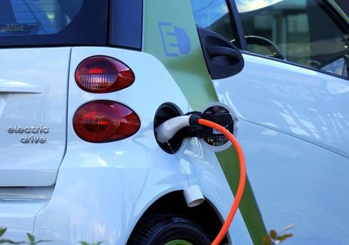 Азербайджан приостановил импорт электромобилей