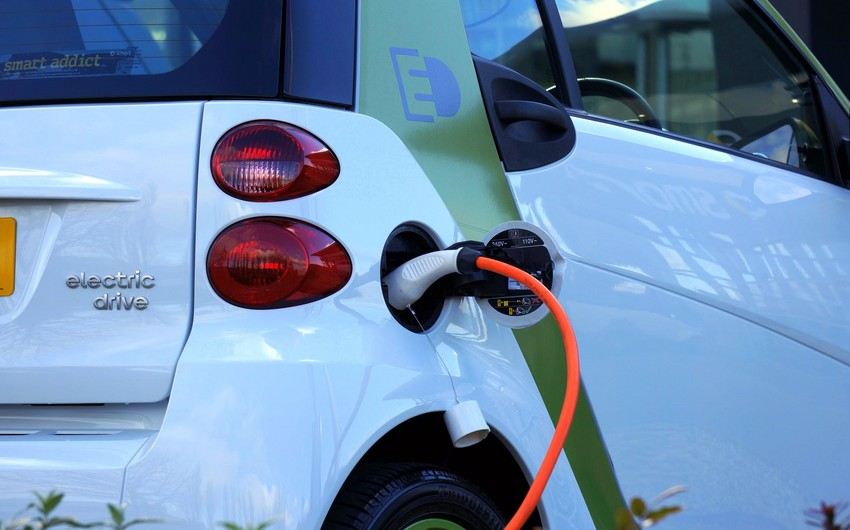 Azərbaycan elektromobil idxalını dayandırıb