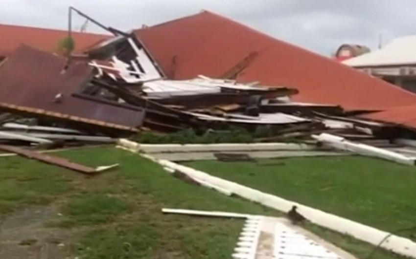 Cyclone destroys Parliament House in Tonga built over 100 years ago - VIDEO
