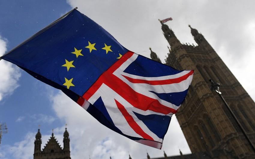 Britaniya hökumətində Brexitlə bağlı fikir ayrılıqları yaranıb