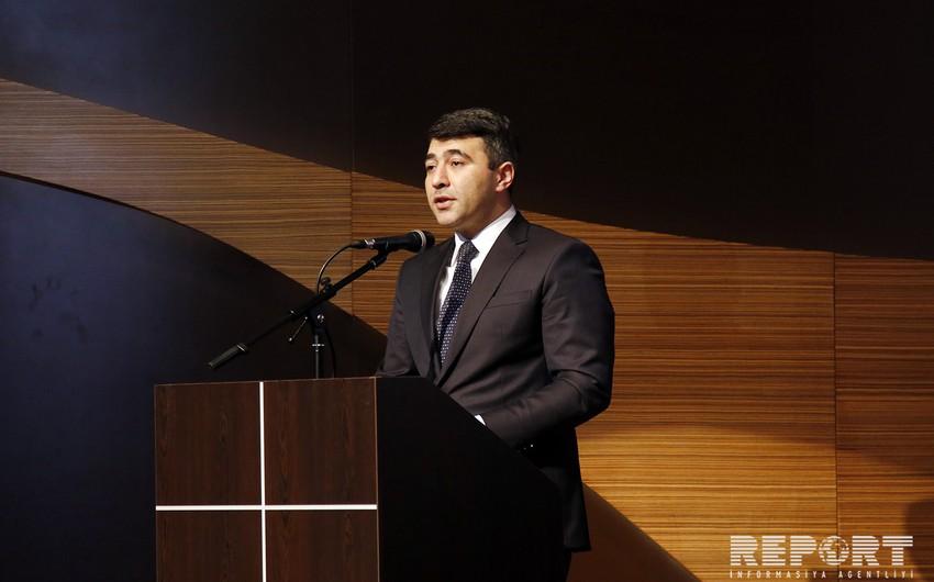 """İnam Kərimov: """"Gənclər öz dəyərlərinin radikalı olmalıdır"""""""