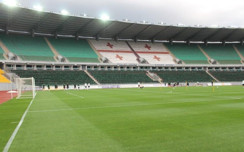 В Тбилиси состоялся матч с участием звёзд футбола, организованный Каладзе