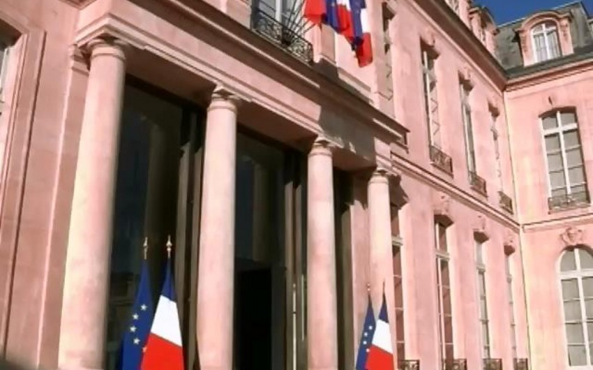 Fransa hökuməti istefaya göndərilib