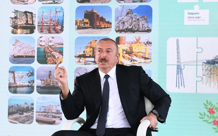 Prezident: Neftçilərimizin əməyi Azərbaycan xalqının maraqlarına xidmət edir