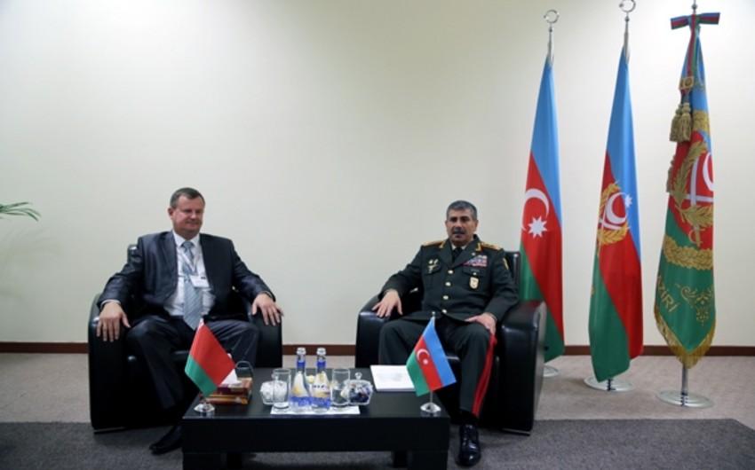 Zakir Həsənov Belarusun müdafiə naziri ilə görüşüb