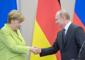 Putinlə Merkel Qarabağdakı vəziyyəti müzakirə edib