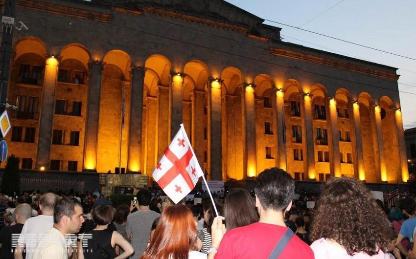 Tbilisidə keçirilən etiraz aksiyasında tələblər açıqlanıb - YENİLƏNİB