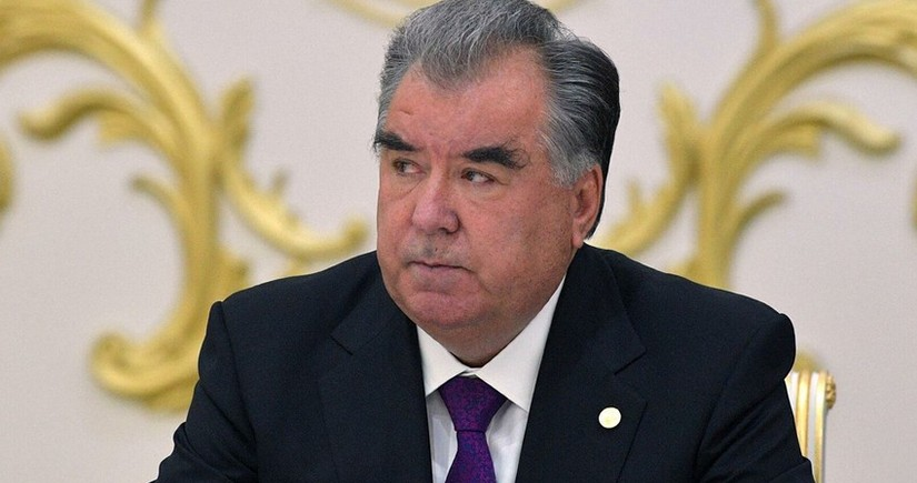 Президент Таджикистана прибыл в Туркменистан