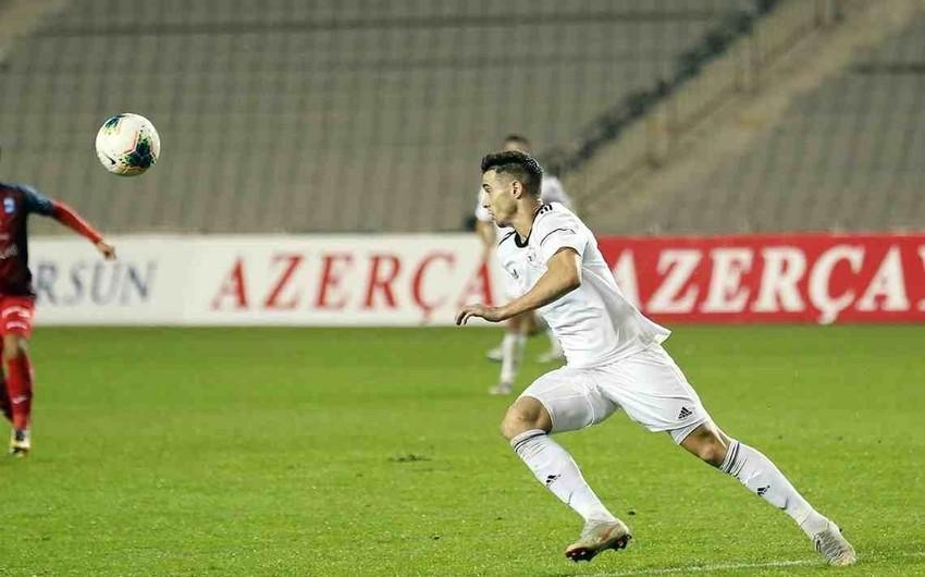 Qarabağın futbolçusu XXI əsrin rəmzi komandasına namizəd oldu