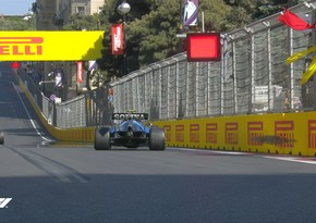 F1 pilot engine breaks down