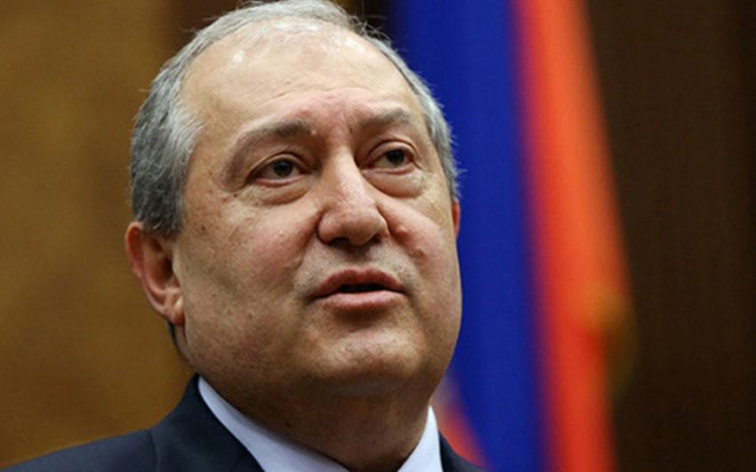 Ermənistan prezidenti aksiya iştirakçılarını dialoqa çağırıb