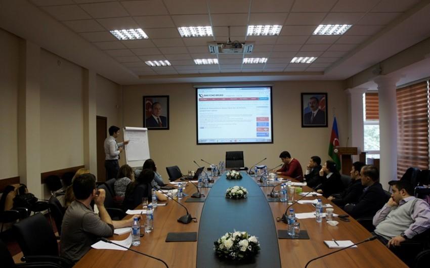 QKDK-da KİV nümayəndələri üçün seminar təşkil edilib