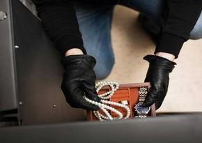 В Баку находившаяся в розыске женщина совершила кражу