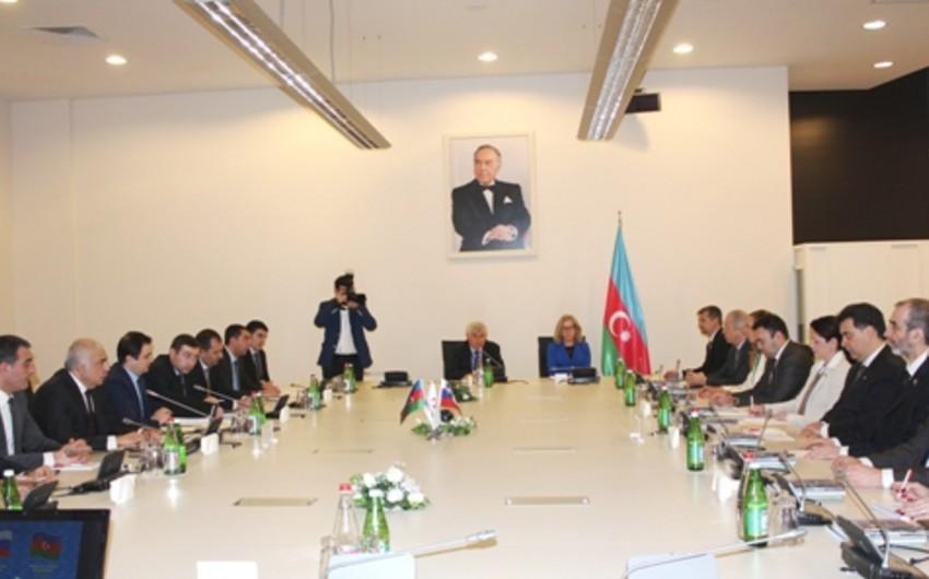 Bakıda Azərbaycan-Sloveniya işgüzar görüşü keçirilib