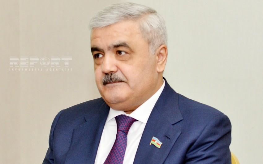 AFFA prezidenti Malta-Azərbaycan qarşılaşmasını tribunadan izləyir