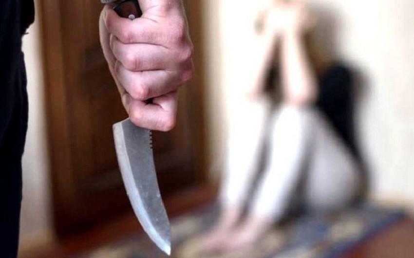 Nardaranda ər arvadını bıçaqlayıb