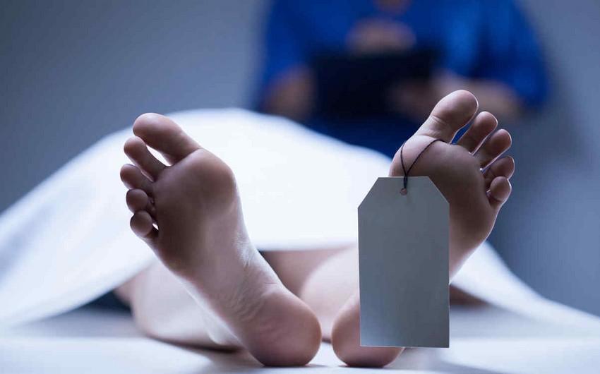 В Баку автомобиль насмерть сбил молодую женщину