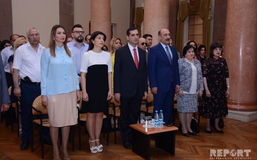 Əli bəy Hüseynzadənin şəxsi əşyalarının təqdimatı keçirilib