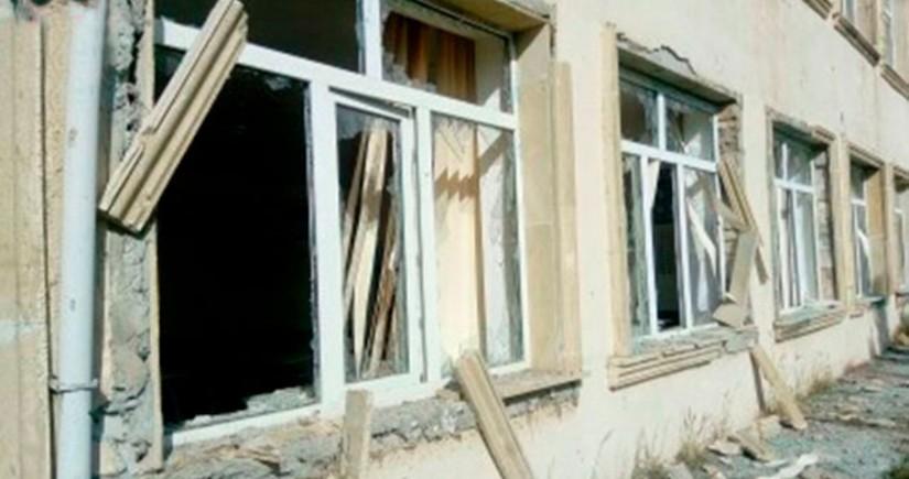 Ermənistan Ağdamda məktəb binasını atəşə tutub