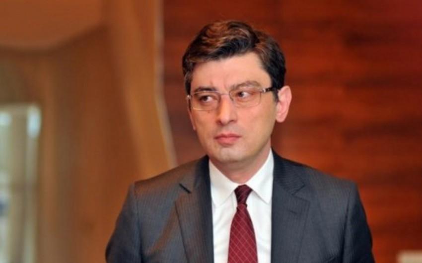 Nazir: Bakı-Tbilisi-Qars dəmir yolu magistralı Şərq-Qərb körpü rolunu oynayacaq