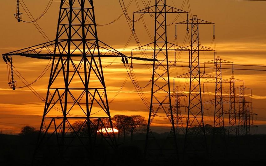 Azərbaycan elektrik enerjisi ixracını 13 % azaldıb