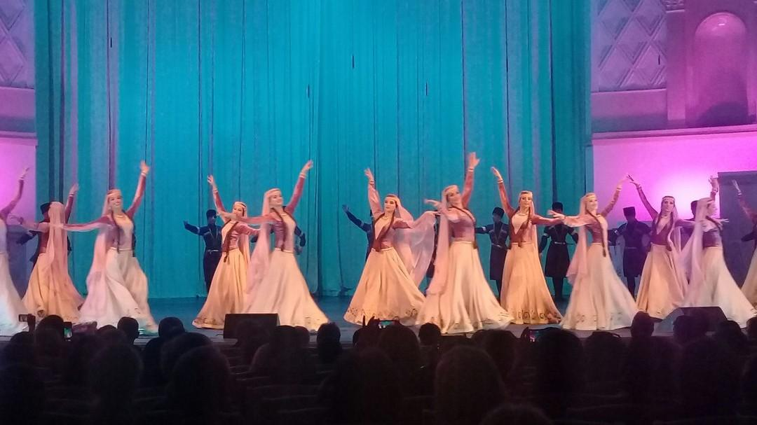 Azerbaijan State Dance Ensemble performed in Moscow