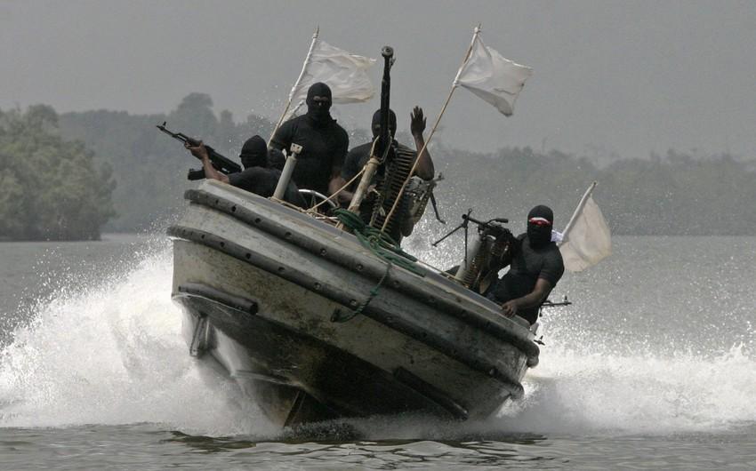 Нигерийские пираты захватили турецкое судно, убит азербайджанец