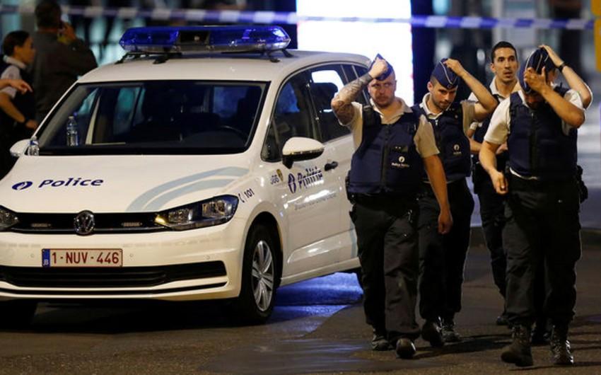 Brüsseldə hərbçilərə hücum terror aktı kimi qiymətləndirilib, cinayətkar xəstəxanada ölüb - YENİLƏNİB