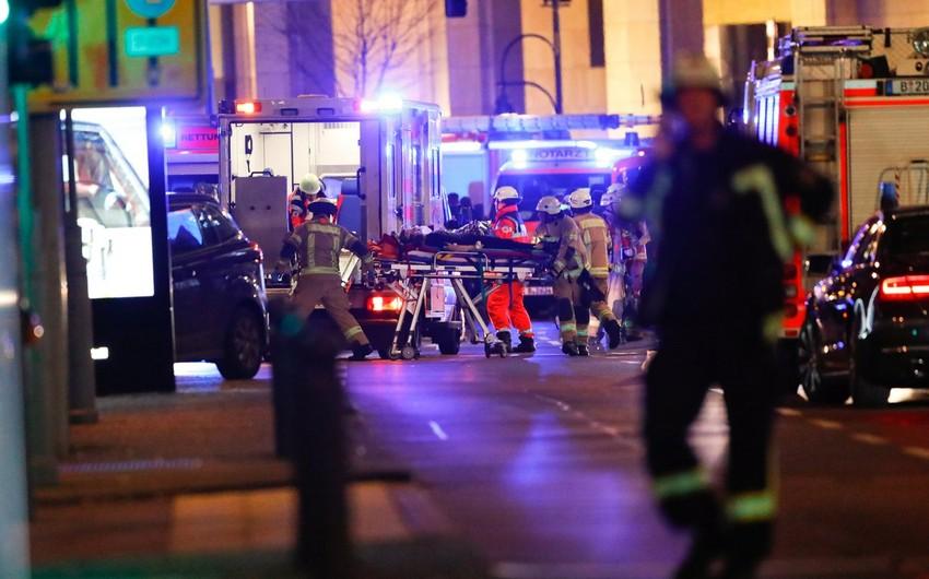 Polis Berlində yük maşınının izdihama tərəf yönəlməsinin qəsdən olduğunu bildirib