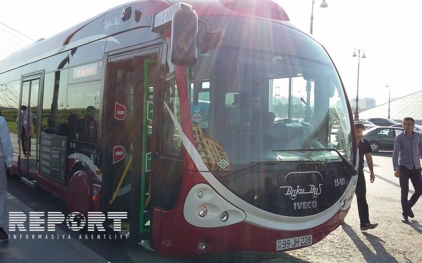 Автобусы Bakubus сбили трех пешеходов, один из них скончался, двое пострадали