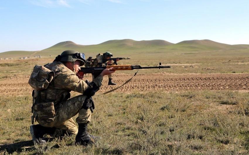 Ermənilər Azərbaycan Ordusunun mövqelərini pulemyot və snayper tüfənglərindən atəşə tutublar
