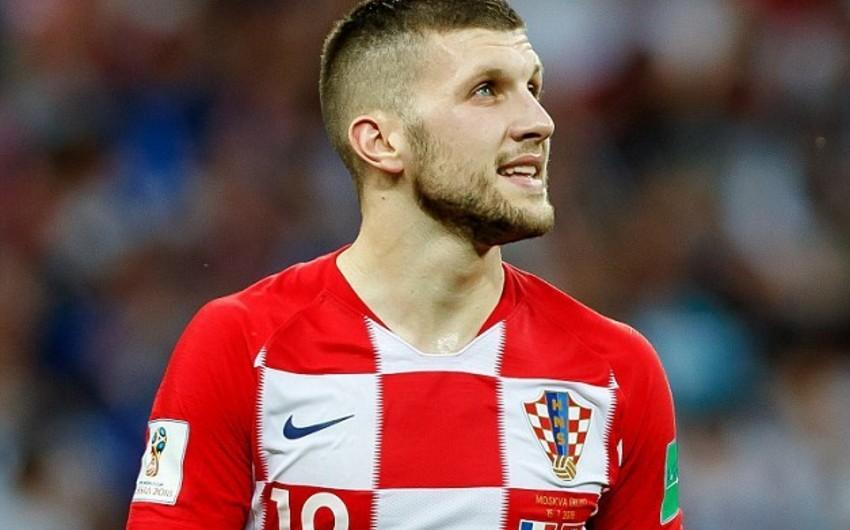 UEFA Xorvatiya millisinin futbolçusunun cəzasını azaldıb