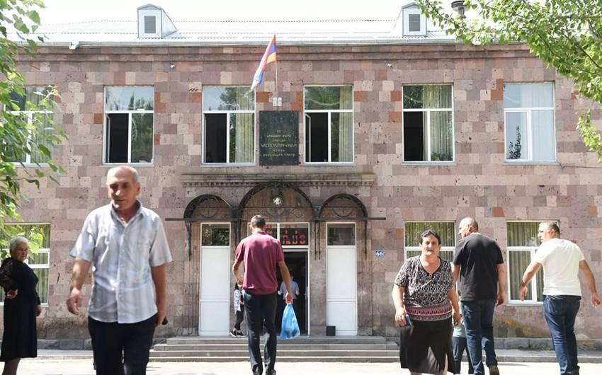 Ermənistan hərbi prokurorunun müavini istefa verib