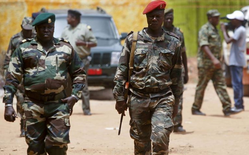 Qərbi Afrika liderləri Qvineya hərbçilərini seçki keçirməyə çağırıb