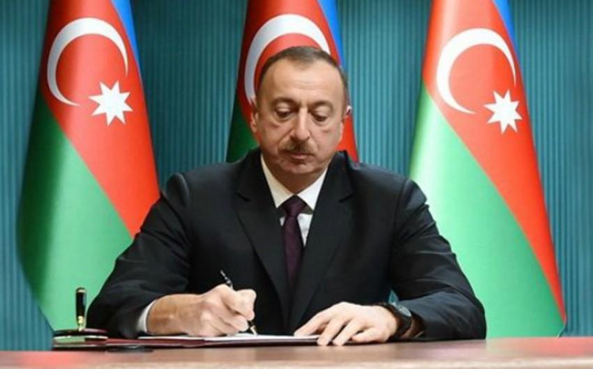 """İlham Əliyev """"ASAN xidmət"""" mərkəzlərinin fəaliyyəti ilə bağlı sərəncam imzalayıb"""