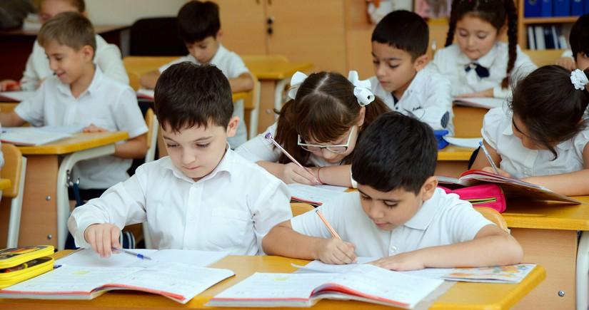 Минобразования прокомментировало информацию о возобновлении занятий в школах