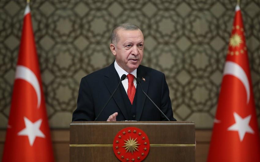 Ərdoğan Türkiyədə yeni konstitusiyanın hazırlanmasını istisna etmir