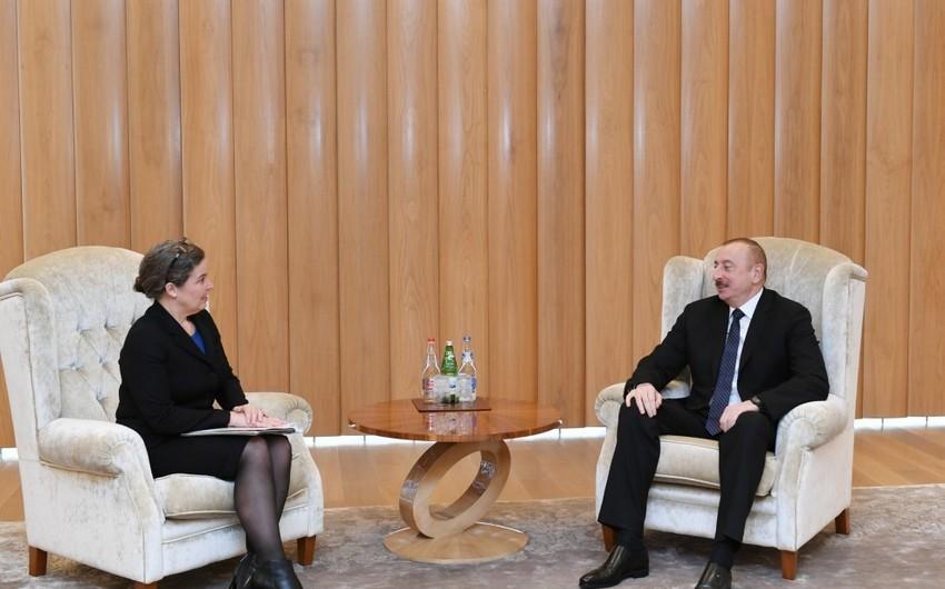 Президент Ильхам Алиев встретился с советником заместителя госсекретаря США по энергетической дипломатии