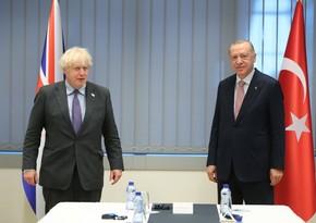 Türkiyə prezidenti Britaniyanın baş naziri ilə görüşüb