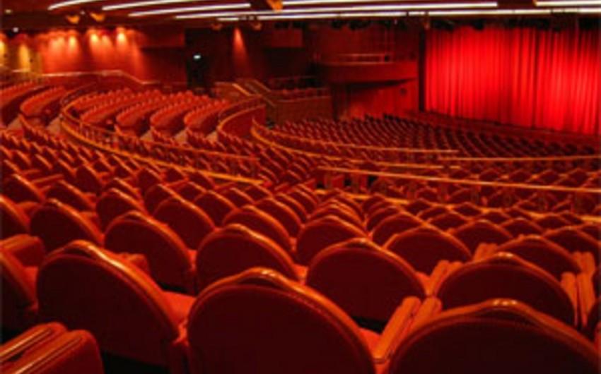 Teatrlarımız yeni ilə necə hazırlaşır?